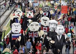 Clowns protest at G-8