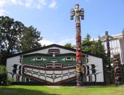 Kwakwaka'wakw Mungo Martin house and totem