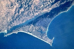 San Andreas fault separates California from Australia at Point Reyes